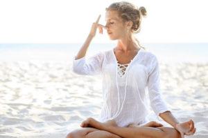 pranayama-nadhi-shodhana-breathing-lessons